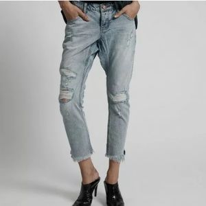 One x One Teaspoon Lonely Boys Jeans Distressed 24
